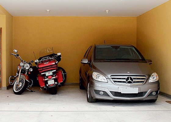 PF apreendeu as motos Harley-Davidson do ex-ministro Carlos Gabas (Foto: Beto Barata/ÉPOCA)