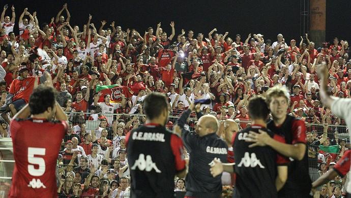 Brasil de Pelotas comemora gol contra o Londrina (Foto: Ítalo Santos/Divulgação, Brasil de Pelotas)