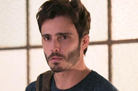 Thiago Rodrigues é William em 'Além do horizonte' (Foto: TV Globo)