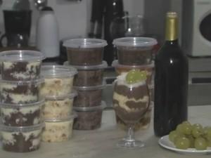 Bolo na taça leva vinho, uva e chocolate (Foto: Reprodução / TV Norte)
