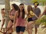 Milena fica com vergonha de ficar de biquíni na frente das amigas na praia e vai embora
