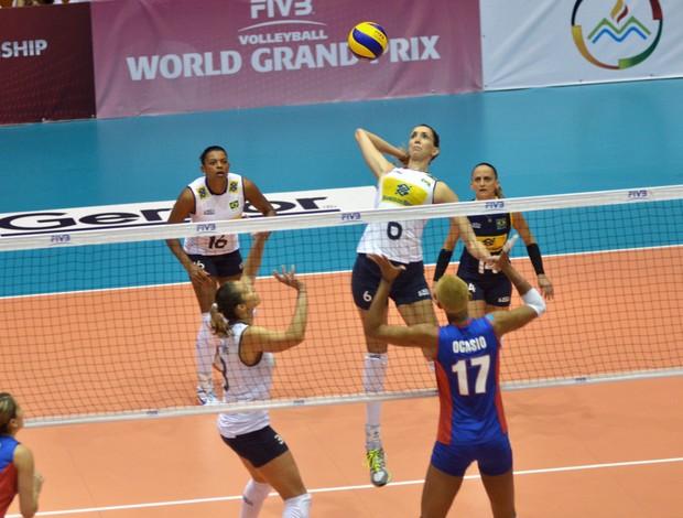 Grand Prix de Volei - Brasil x Porto Rico - Thaisa (Foto: FIVB)