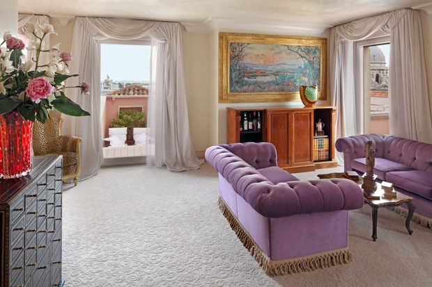 Luxo a dois minutos da piazza san marco casa vogue hot is for Designhotel venedig