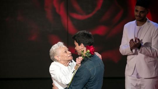Arthur Aguiar chora com homenagem fofa da tia-avó no 'Tamanho Família'