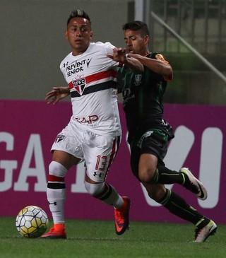 Análise: São Paulo volta a cair na real; equipe precisa mudar muito para 2017