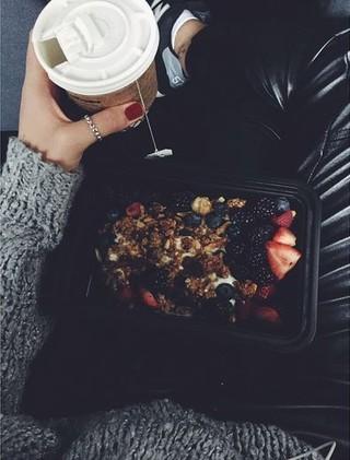 Bruna Marquezine fala de dieta: Levo marmita de casa (Foto: Reprodução do Instagram)