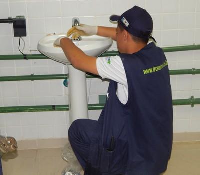 Equipe da TRC realizando procedimentos (Foto: Divulgação)