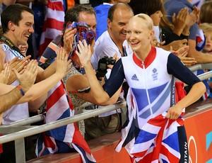Joanna Rowsell comemora vitória em Londres (Foto: Getty Images)