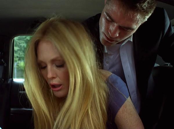 Julianne Moore e Robert Pattinson em 'Mapas para as Estrelas' (2014) (Foto: Divulgação)