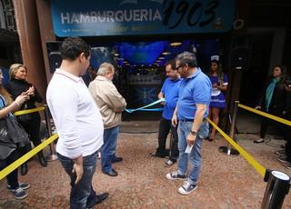 Hamburgueria Grêmio (Foto: Lucas Uebel/ Divulgação Grêmio)