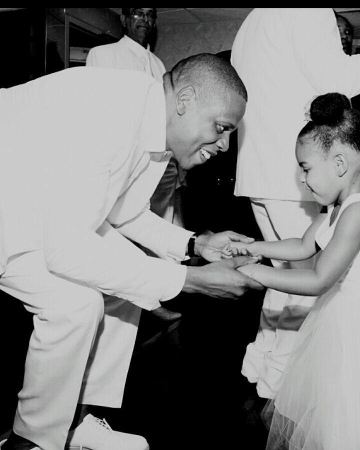 Jay-Z e Blue Ivy; o rapper criou a música Glory para a filha (Foto: Reprodução/Instagram)