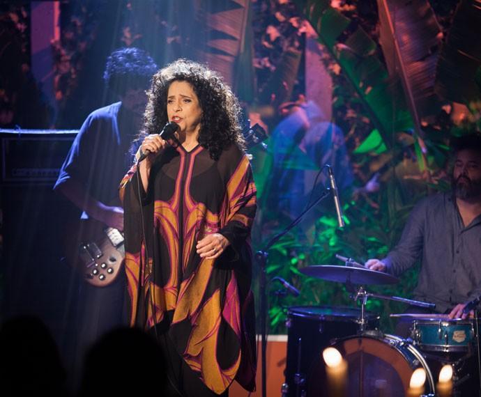 A cantora dá show na novela, durante a inauguração do Estrela Carioca (Foto: Fabiano Battaglin/Gshow)