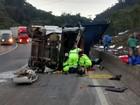 Acidentes com caminhões na BR-376 complicam o trânsito no litoral do PR