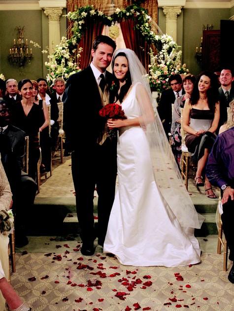 Monica e Chandler Bing em 'Friends' (Foto: Reprodução da internet)