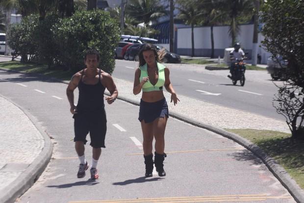 Nicole Bahls no Rio (Foto: Fabio Martins / Fotorio News)