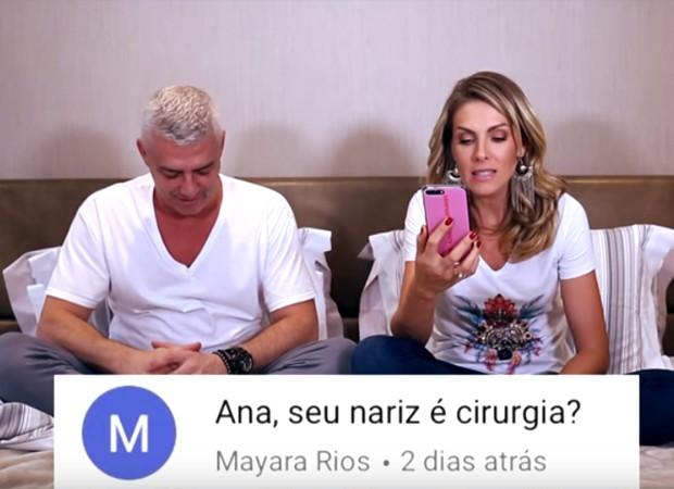 Ao lado do marido, o empresário Alexandre Corrêa, a apresentadora Ana Hickmann responde perguntas dos seguidores (Foto: Youtube)