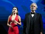 Decotada, Paula Fernandes divide palco com tenor Andrea Bocelli