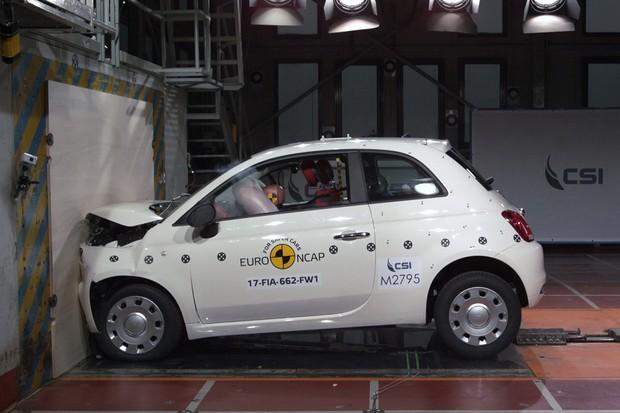 Fiat 500 ganha apenas 3 estrelas no Euro NCAP (Foto: Divulgação)