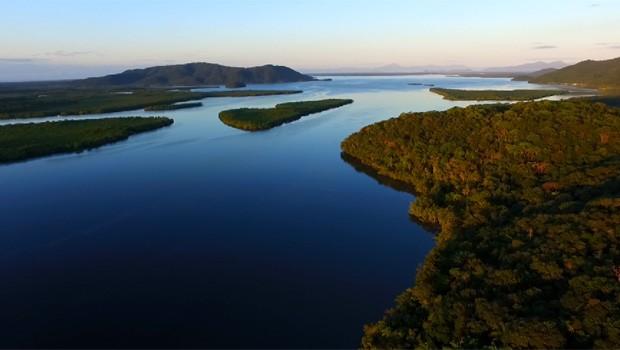 Vamos conhecer um pouco mais da ilha mais preservada do nosso litoral  (Foto: Reprodução/RPC)