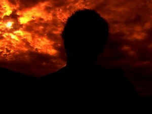 Avó de garota que diz ter sofrido estupro coletivo teme injustiça em Indiara, Goiás (Foto: Reprodução/TV Anhanguera)