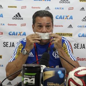 Luxemburgo, coletiva Flamengo (Foto: Gilvan de Souza / Flamengo)