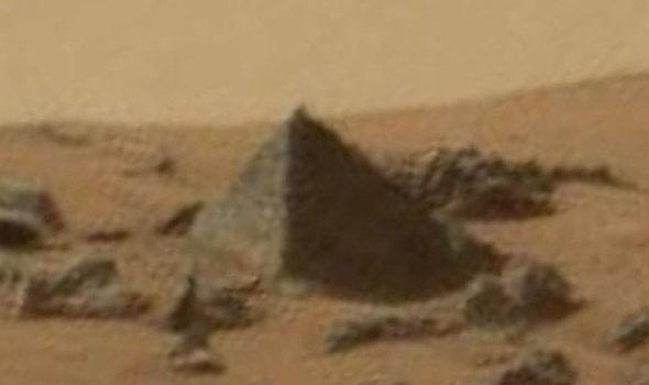 a pirâmide de marte (Foto: reprodução)