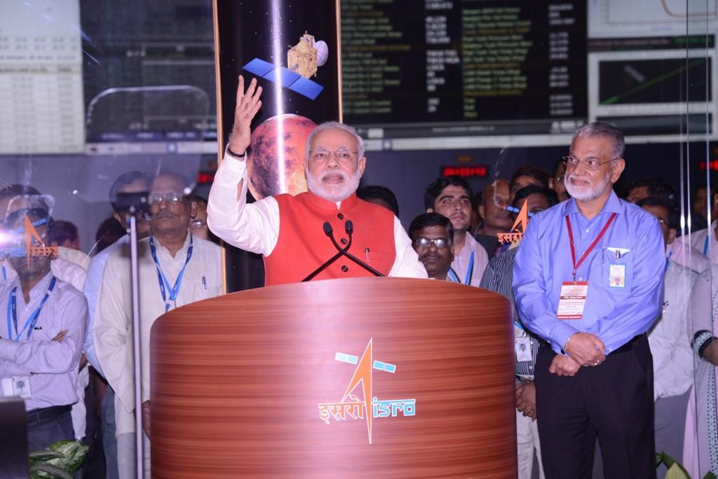 Primeiro-ministro indiano comemora o sucesso da missão (Foto: Divulgação)