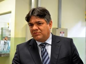 Prefeito de Limeira, Paulo Hadich (PSB), durante evento em Piracicaba (Foto: Araripe Castilho / G1)