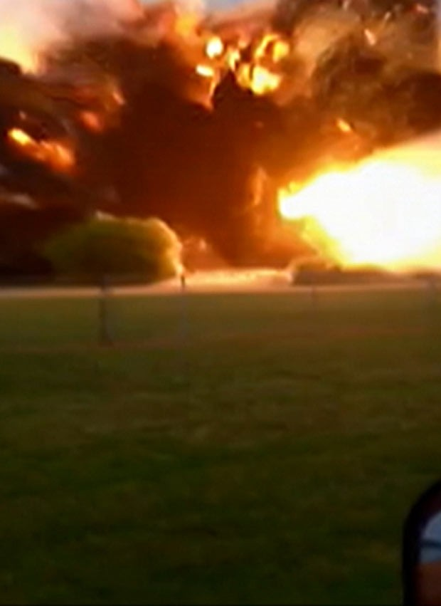 Testemunha capta explosão no Texas em vídeo (Foto: BBC)