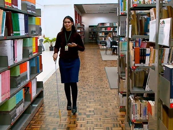Elisabete Barbosa é uma das primeiras a fazer uso do Via Voz (Foto: Globo)