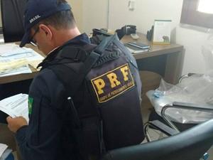 Mandados foram cumpridos em cidades baianas neta terça-feira (Foto: Divulgação/ Polícia Rodoviária Federal)