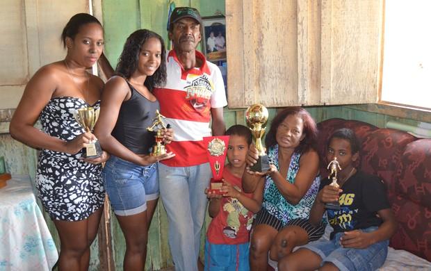 Família do jogador mora em Ji-Paraná (Foto: Roger Henrique)