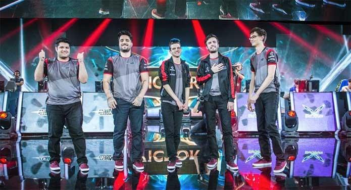 Pain se despede do Mundial de League of Legends (Foto: Divulgação/Riot Games)