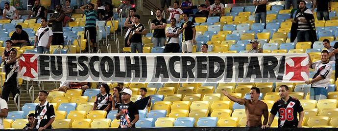 vasco faixa eu escolhi acreditar (Foto: Paulo Fernandes/Vasco.com.br)