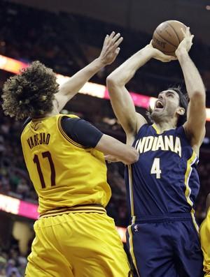Anderson Varejão, Cleveland x Indiana - AP (Foto: AP)