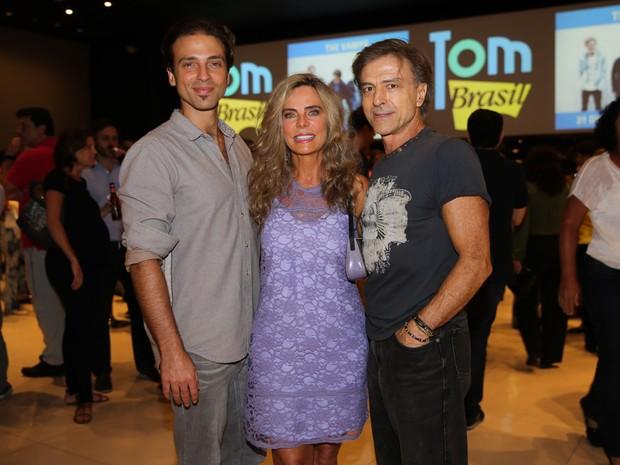 Kim Riccelli, Bruna Lombardi e Carlos Alberto Riccelli em show em São Paulo (Foto: Manuela Scarpa/ Brazil News)