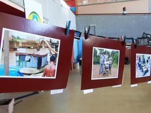 Mostra reúne fotos tiradas durante oficina voltada a deficientes visuais em Porto Velho (Foto: Assessoria/Divulgação)