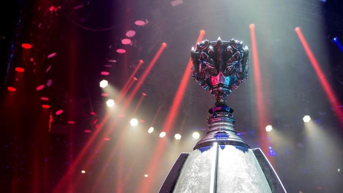 Além da taça, premiação do Mundial de LoL 2016 terá ajuda dos fãs (Foto: Divulgação/Riot Games)