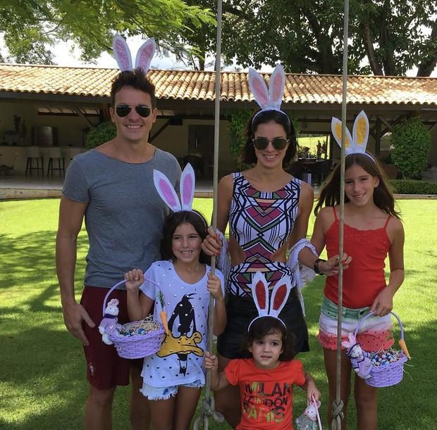 Rodrigo Faro com a família (Foto: Instagram / Reprodução)