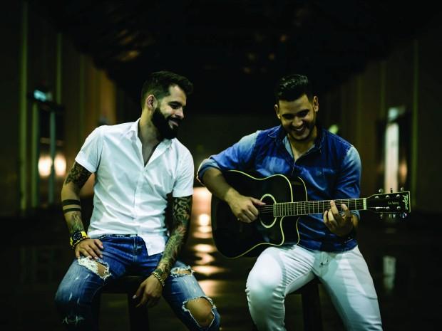 Isac e Ferrant (Foto: Rafael Duarte/Divulgação)
