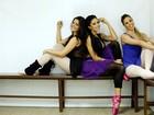 Aline Riscado, Ana Flávia Simões e Raquel Guarini posam em academia de dança no Rio