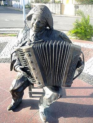 Flamengo cidade do Forró estátuas (Foto: Cahê Mota)