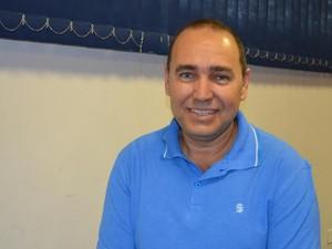 Sérgio Roberto Lopes albuquerque, doutor em Biotecnologia (Foto: Rogério Aderbal/G1)