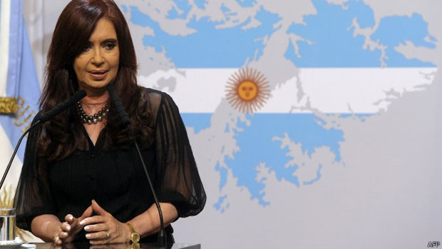 Cristina Kirchner demitiu o secretário Guillermo Moreno, mentor de medidas polêmicas de seu governo (Foto: AFP)