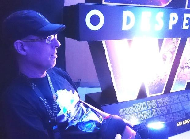 Wagner Tavares assistindo a sessão exclusiva do Star Wars (Foto: Arquivo Pessoal)