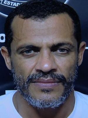 Suspeito de assaltar bancos em cinco estados é preso em Goiás (Foto: Reprodução/TV Anhanguera)