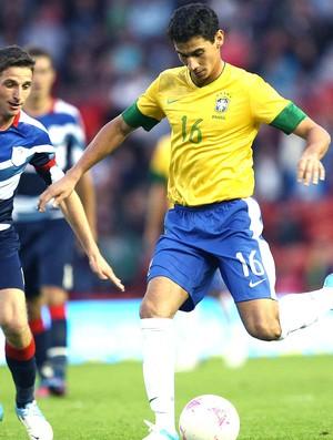 Ganso no amistoso da Seleção contra a Grã-Bretanha (Foto: Mowa Press)