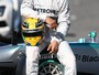 Lewis Hamilton: &#39;Piloto do jeito que imagino que Ayrton Senna pilotava&#39;