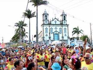 Credenciamento de ambulantes é realizado em Barbacena, MG (Foto: Edson Inacio/Divulgação)