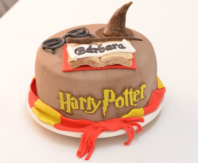 Mistura com Rodaika Patricia Wilhelm Naked Cake Bolos Artísticos Harry Potter (Foto: Divulgação/Misses Cakes)